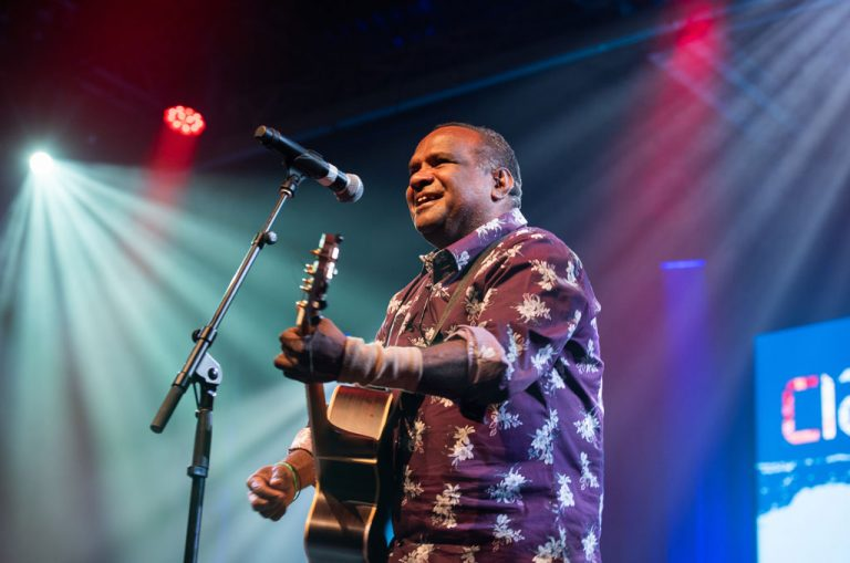 Barry Cedric, Closing Ceremony 2020, photo by Blue Click Photography, courtesy Cairns Indigenous Art Fair